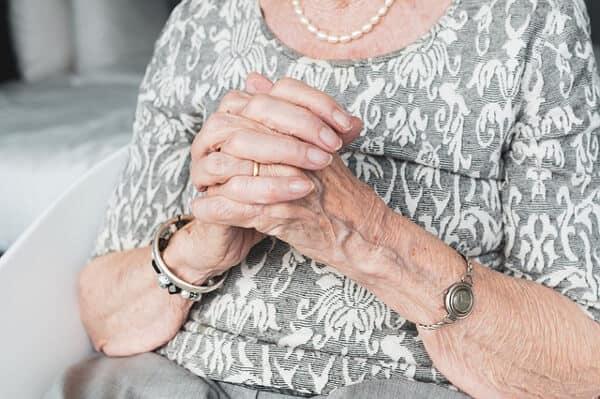 Sommarjobba inom äldreomsorgen